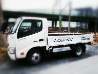 ハイブリッドディーゼルに試乗ただし貨物トラック