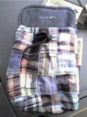 コロンビアの小物バッグ